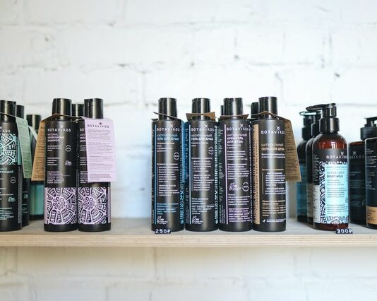 szampony do włosów, jak wybrać szampon do włosów