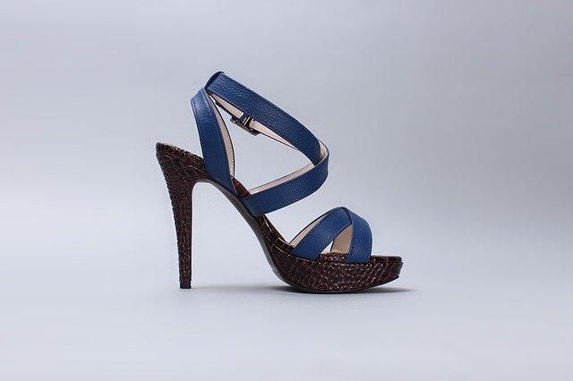 sandały damskie, sandały na szpilce, sandały niebieskie, sandały skóra